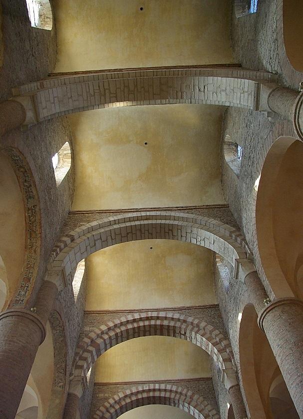 bóveda de cañón perpendicular